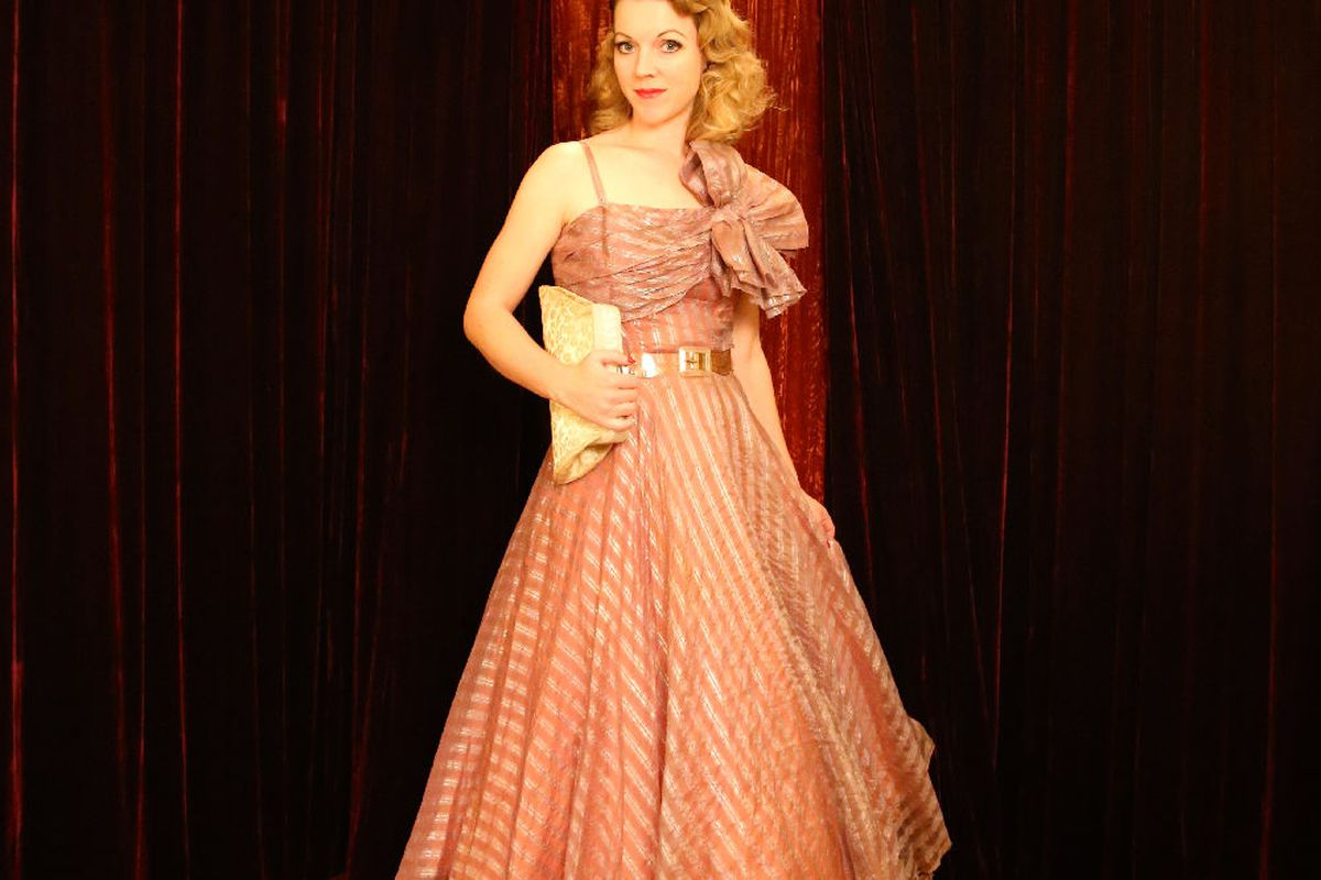 What to Wear to Fake Prom\'s Retrotastic Rager This Valentine\'s Day ...