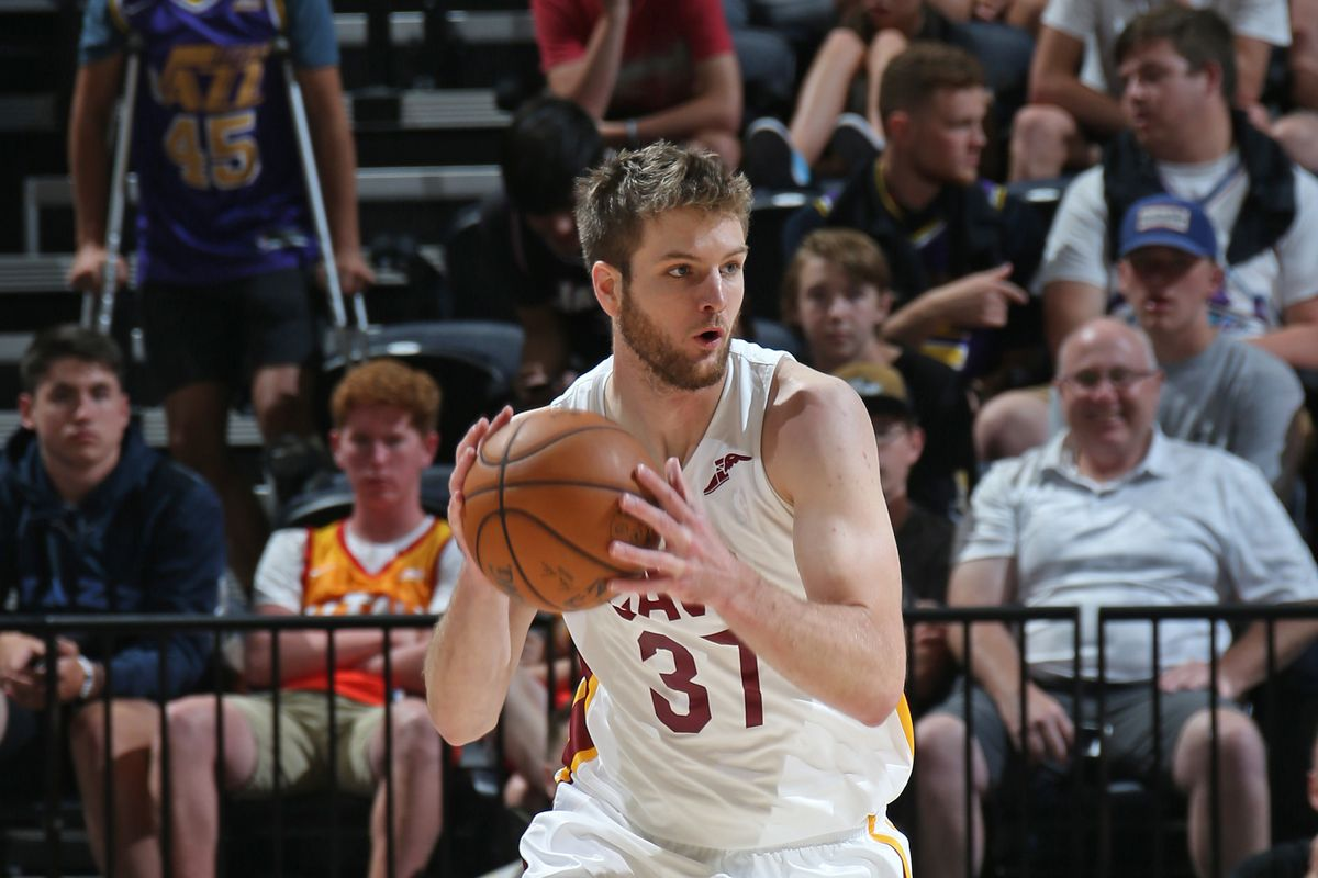 super popular 5d3d6 d2447 Cleveland Cavaliers best case, worst case: Dean Wade - Fear ...