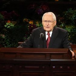 Elder L. Tom Perry of the Quorum of the Twelve Apostles speaks during the afternoon session of the 184th Semiannual General Conference of The Church of Jesus Christ of Latter-day Saints at the Conference Center in Salt Lake City on Saturday, Oct. 4, 2014.