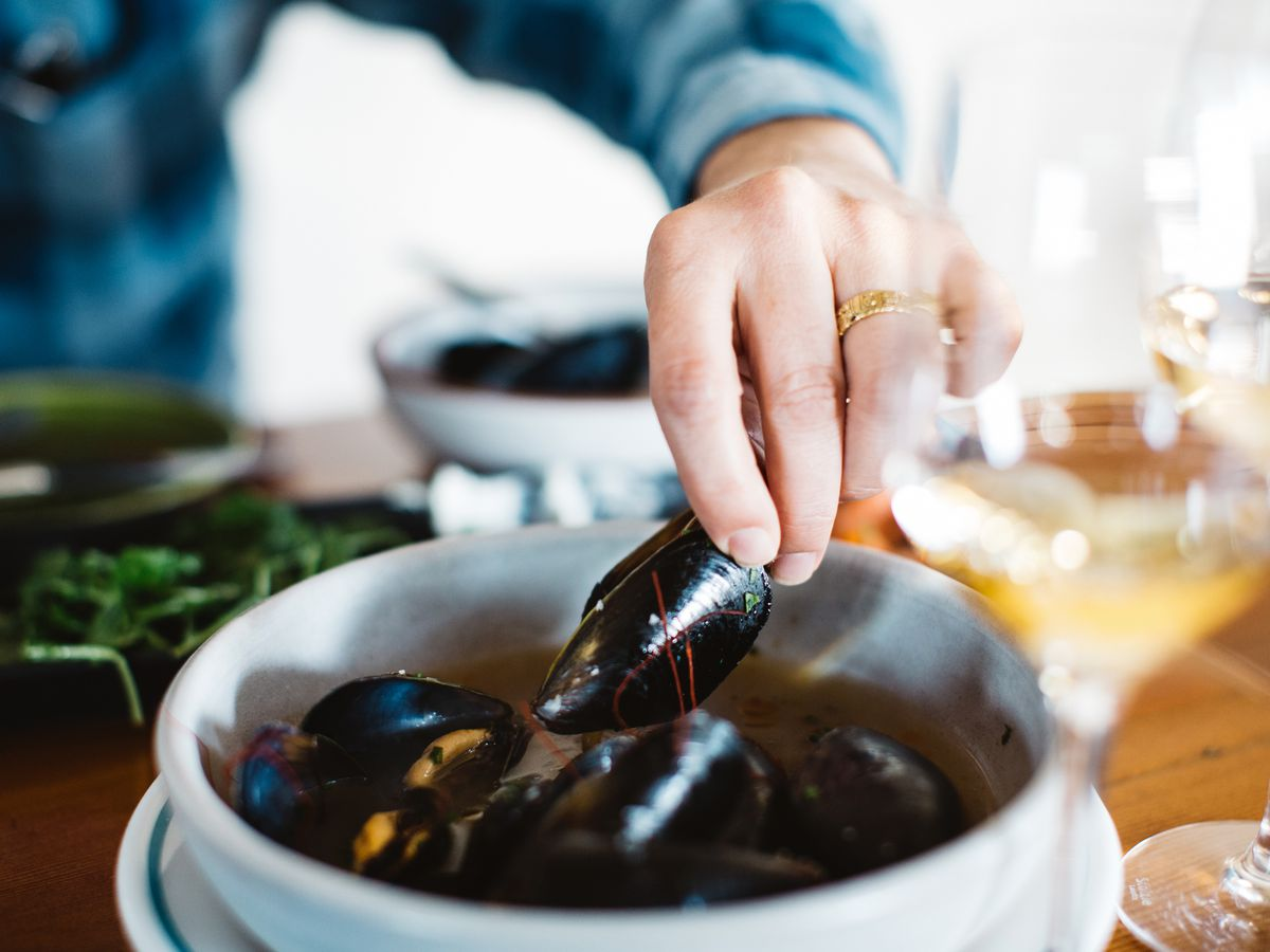 Pop up wine bar Sardine Head's mussels