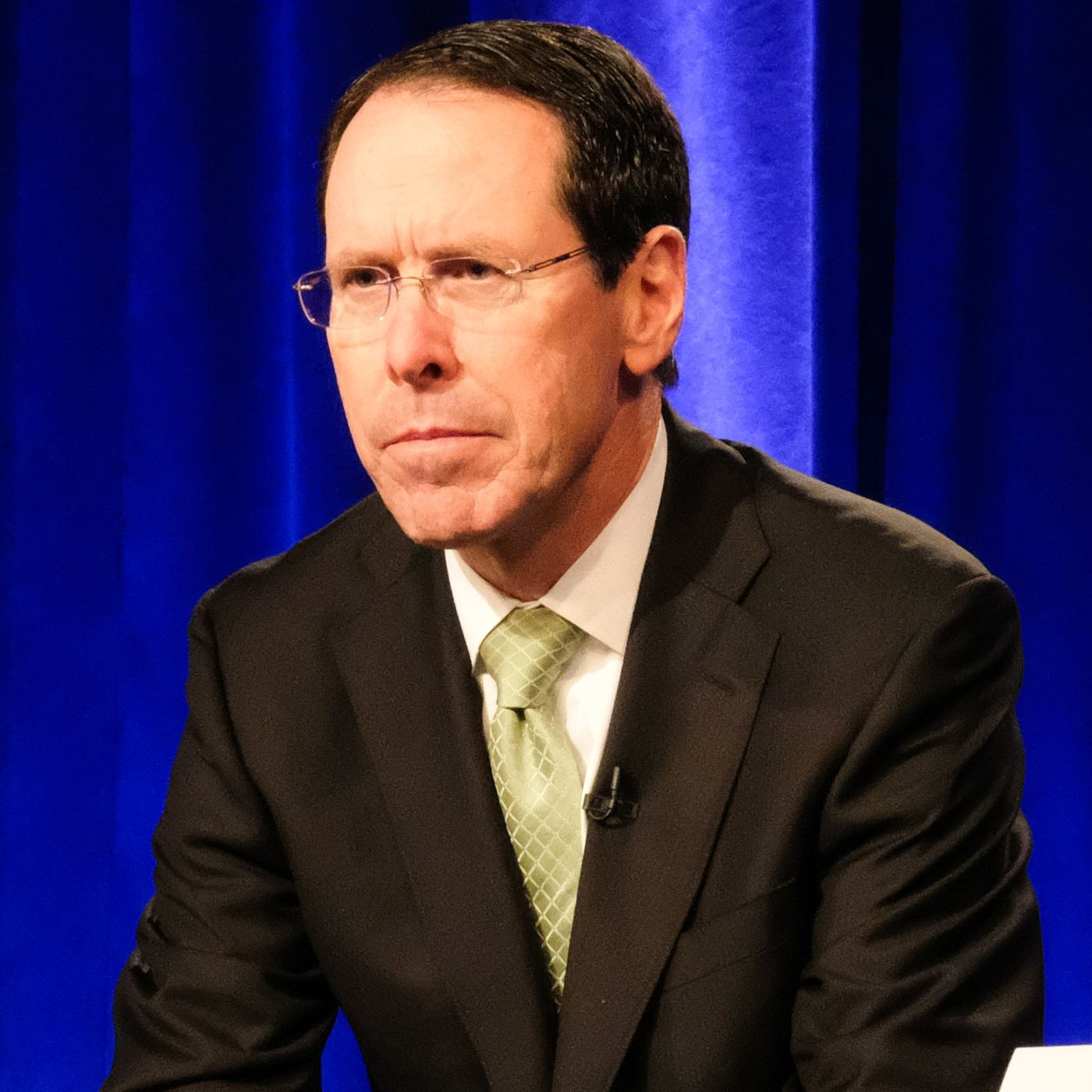 At T Ceo Randall Stephenson Is Stepping Down John Stankey To