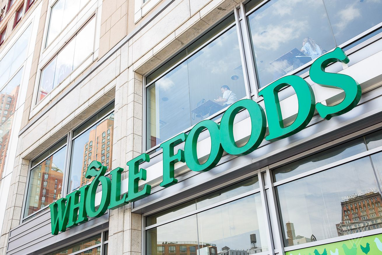 the ftc says it won t stop amazon from buying whole foods