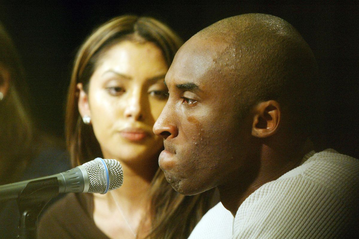 Kobe Bryant, Wife Appear At News Conference