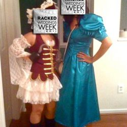 This tipster was an '80s bridesmaid for Halloween.