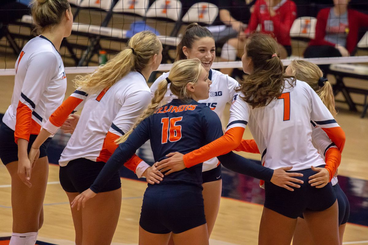 Illinois Volleyball continues spring exhibition season with win - The  Champaign Room