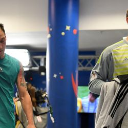 Özil and Neuer in the tunnel immediately after the altercation.