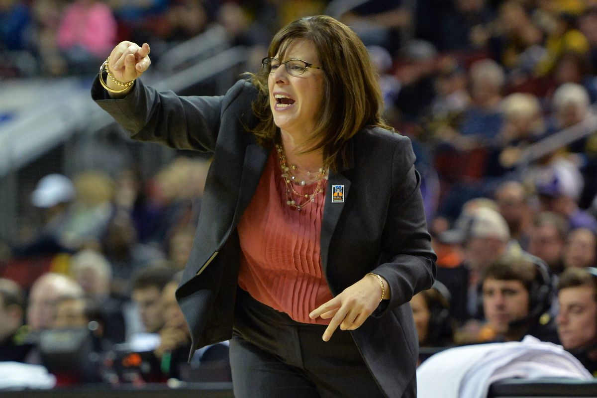 Head Coach Cori Close looks to lead her UCLA Bruins deep in this year's NCAA Tournament.
