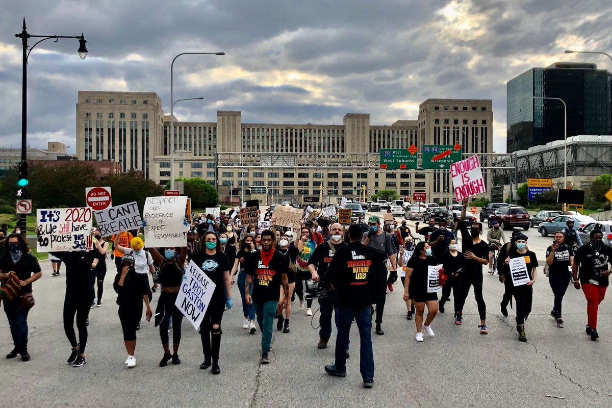 A protest march over the killing of George Floyd in Minneapolis made its way through downtown Chicago May 29, 2020, eventually closing off Ida B. Wells Parkway near the beginning of the Eisenhower Expressway.