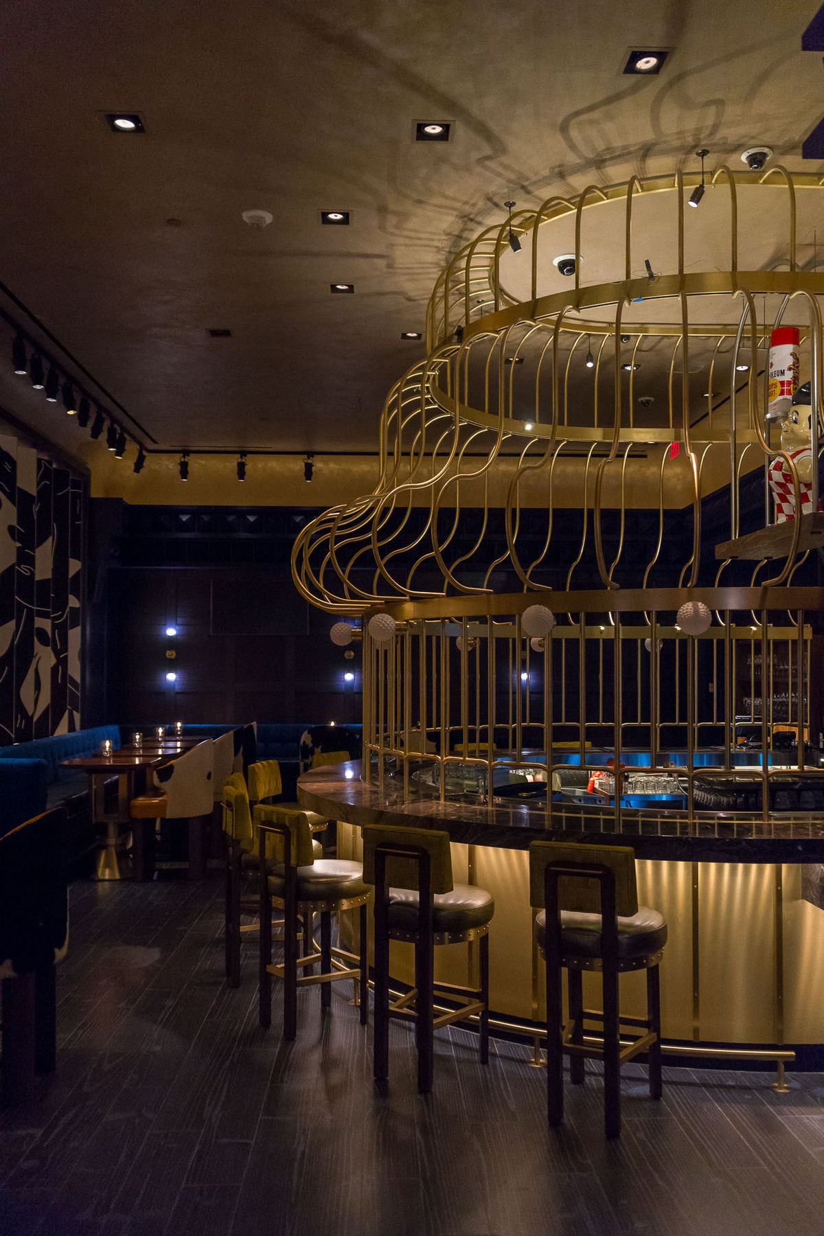 The birdcage in the bar at Greene St. Kitchen