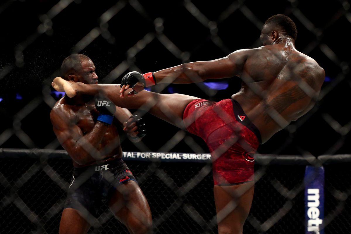 UFC 217: Saint Preux v Anderson