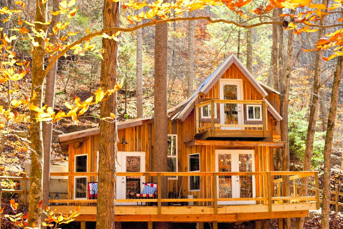 Best vacation rentals to see fall colors in the U S  - Curbed