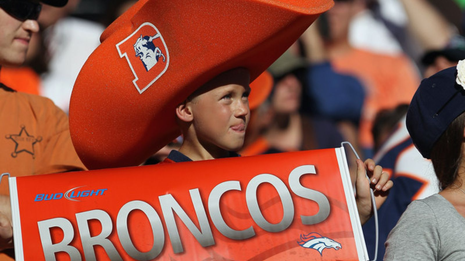 Denver Broncos: Stream info and week one preview vs. Seattle