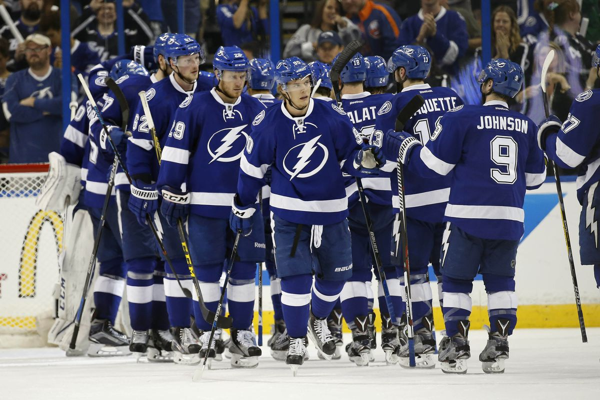The Tampa Bay Lightning celebrate after their 4-1 Game 2 win over the New York Islanders in Tampa Saturday.