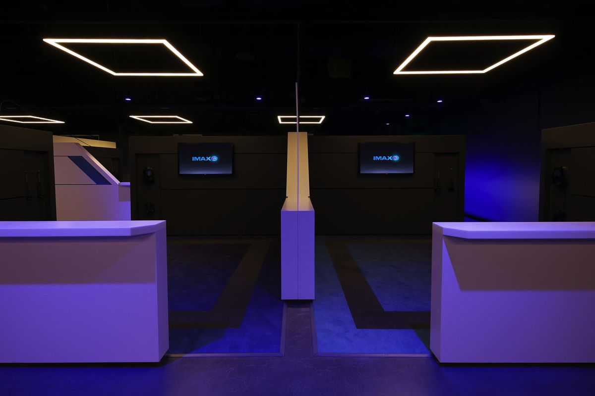 Imax S First Virtual Reality Arcade Is Here And It Is