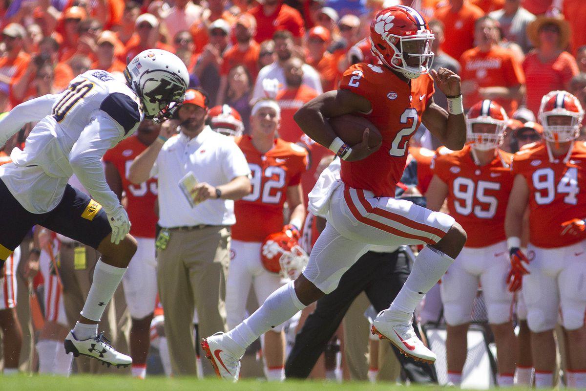 NCAA Football: Kent State at Clemson