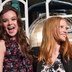 Hailee Steinfeld and Jessica Chastain