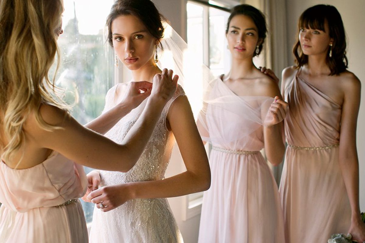 Las vow to be chic simplifies bridesmaid dress shopping with vow to be chicfacebook ombrellifo Choice Image