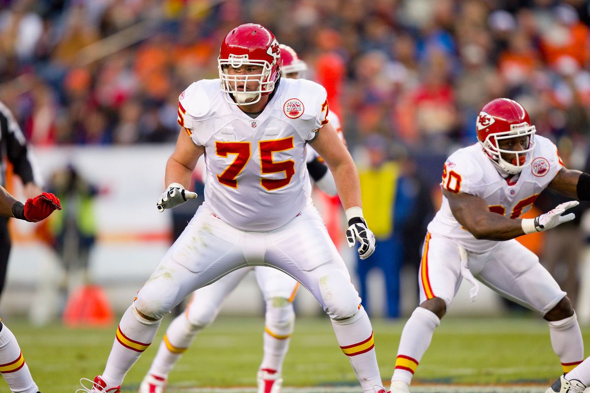 Ryan O'Callaghan #75 of the Kansas City Chiefs in action against the Denver Broncos at Invesco Field at Mile High on November 14, 2010 in Denver Colorado.