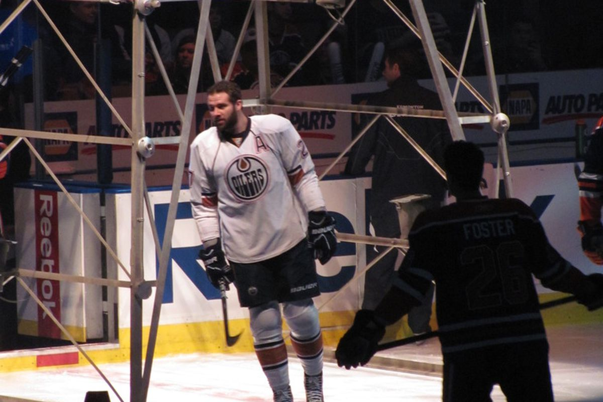Dustin Penner, to skate through the Oilers' derrick no more. Photograph courtesy Lisa McRitchie all rights reserved.