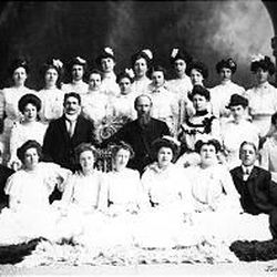 The graduating class of 1901 surrounds academy President Louis Moench, right center, and David O. McKay.