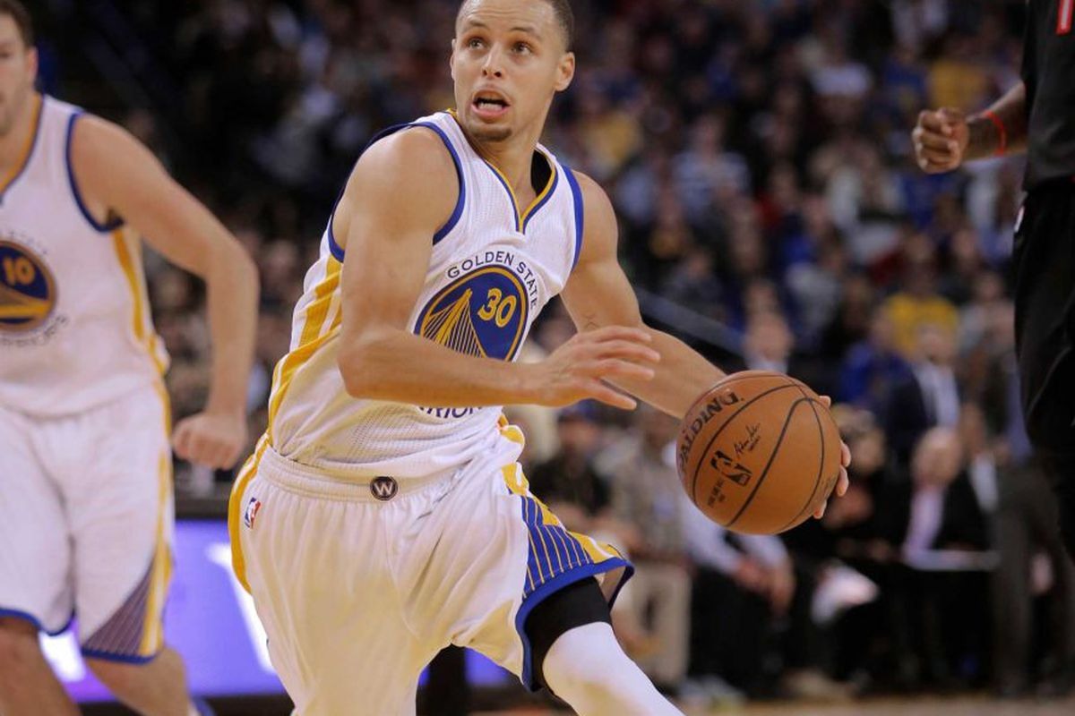 """Photo <a href=""""http://www.sfgate.com/warriors/article/Killion-Curry-looks-to-avoid-paying-for-his-6026207.php#photo-7344423"""">via</a>"""