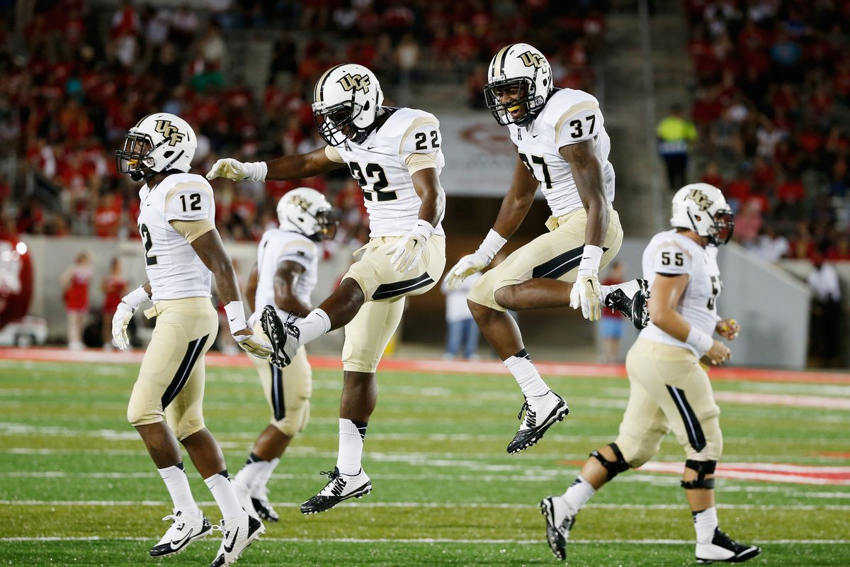 Knights get excited on defense against Houston
