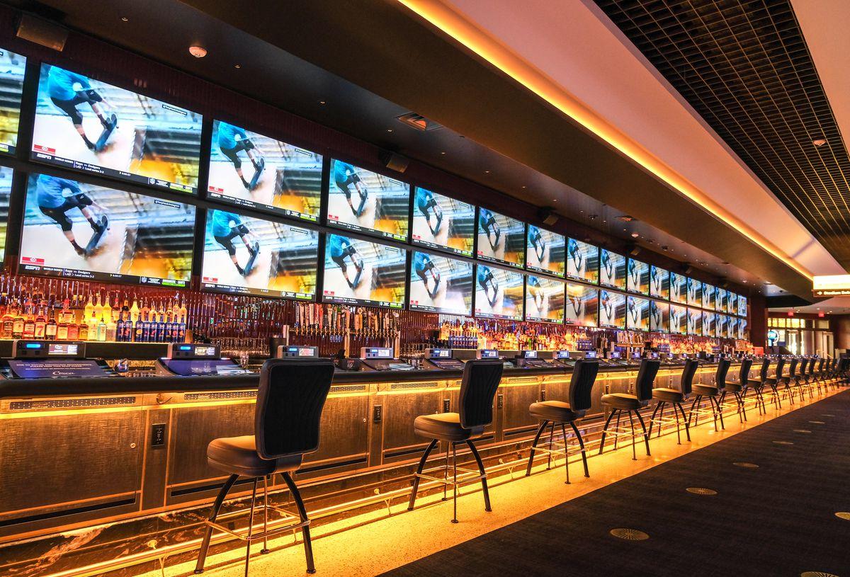 The longest bar in Nevada