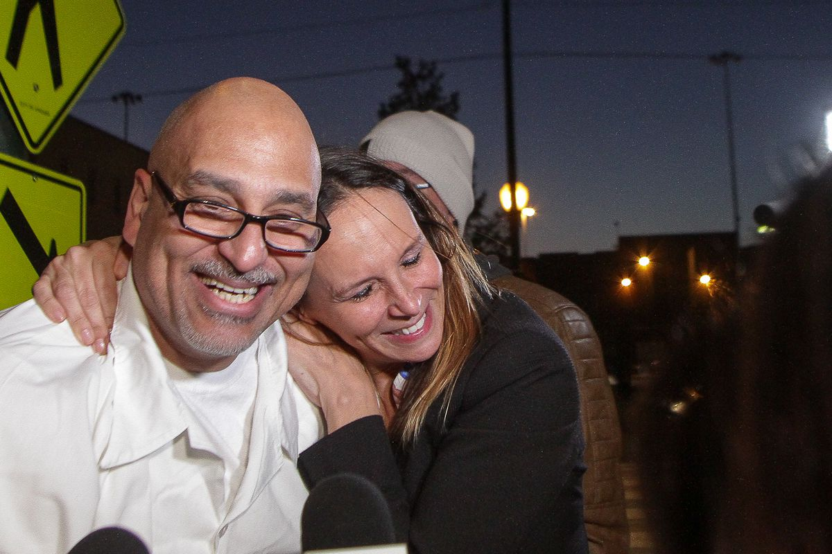 Jose Maysonet is hugged by his attorney Jennifer Bonjean outside Cook County Jail after he was released in 2017.