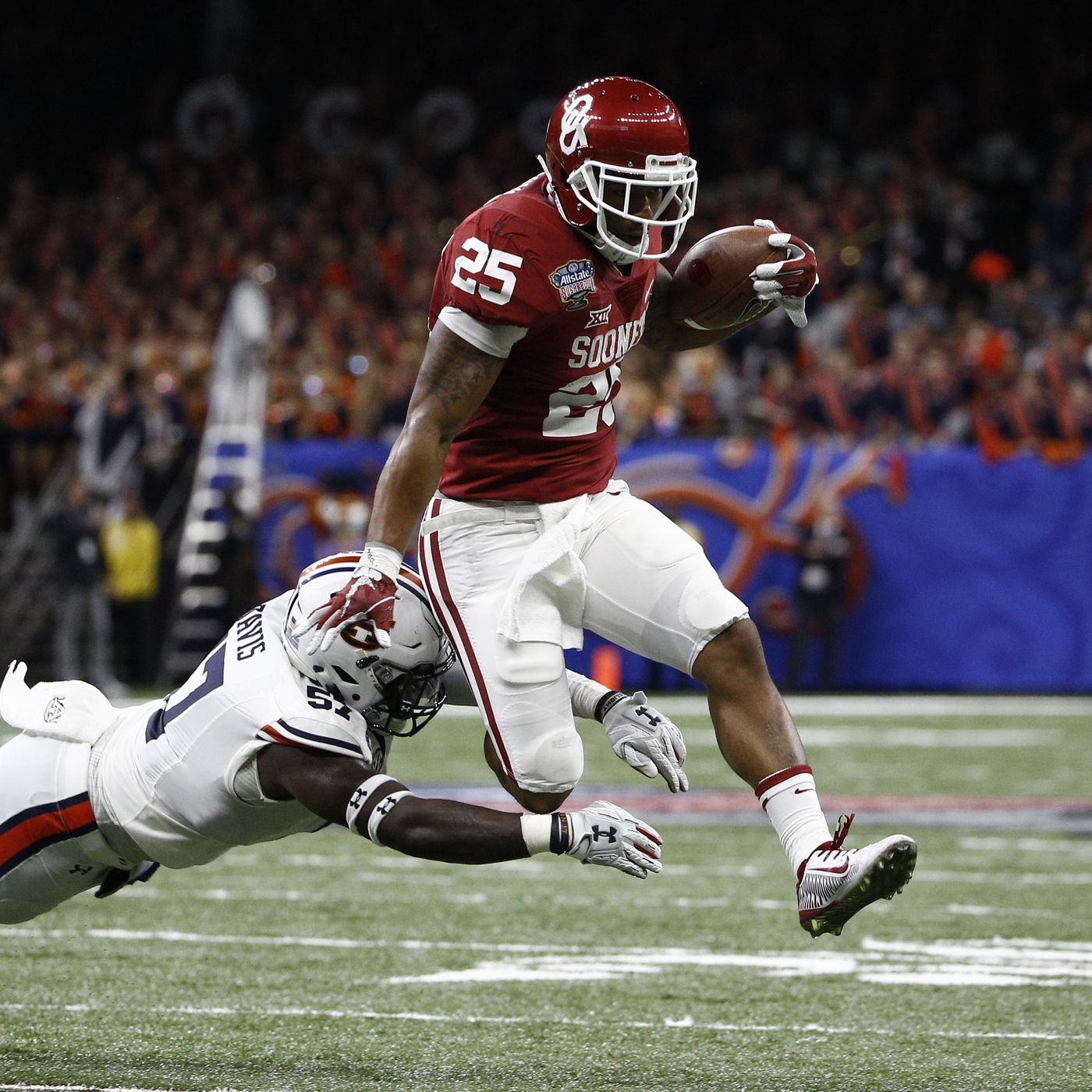 Joe Mixon brings his troubled history and huge talent to