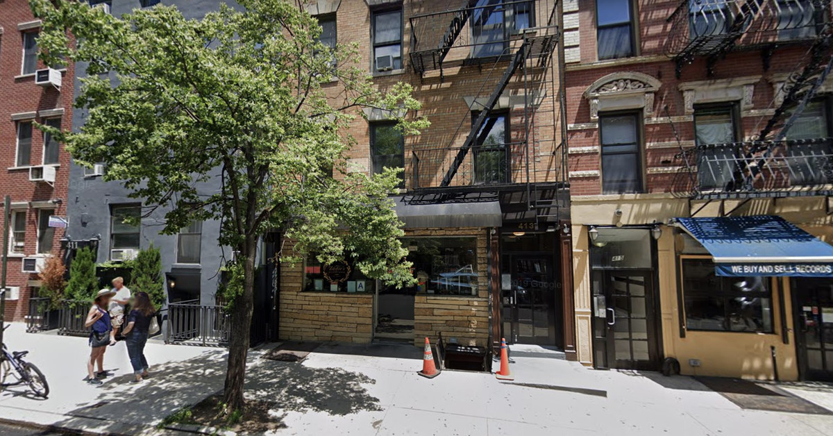 Marco Canora S East Village Oyster Bar Zadie S Closes