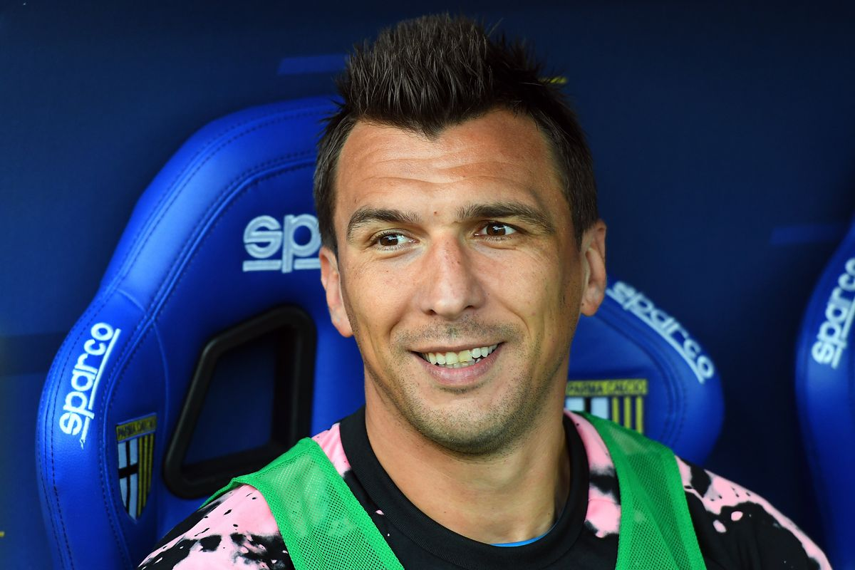 best website cb558 26142 Mario Mandzukic Latest Name Connected to Roma - Chiesa Di Totti