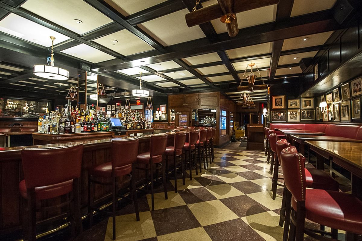 [The dining room at Gallagher's in Midtown]