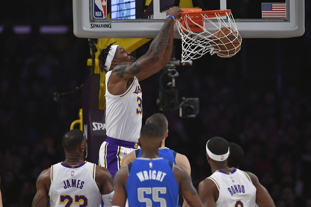 Lakers Vs Mavericks Final Score L A Beats Dallas In