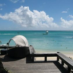 """""""When I woke up in the morning at <a href=""""http://www.beachcomber-hotels.com/hotel/royal-palm.html""""target=""""_blank"""">Beachcomber Royal Palm Hotel</a> in Mauritius, I had nothing but the ocean around me. I loved that I could have lunch on the beach in a quie"""