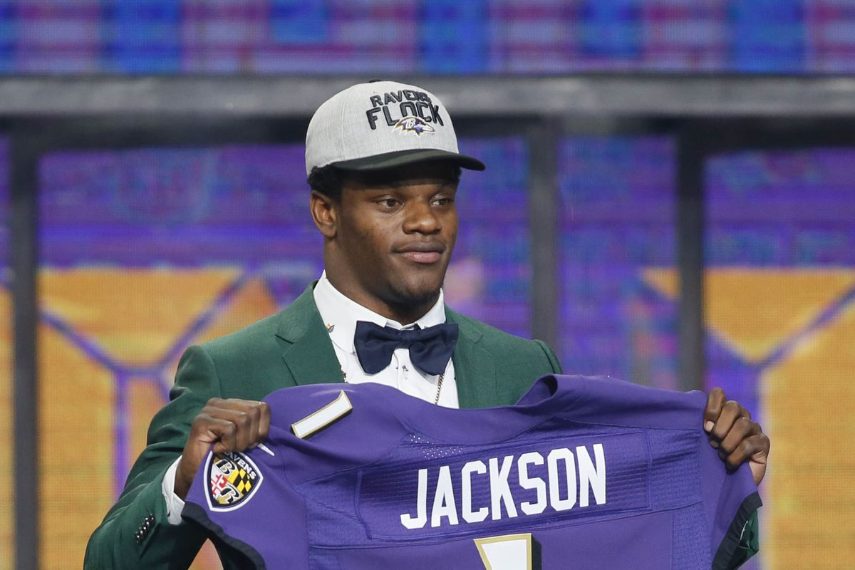 Lamar Jackson signed rookie contract with the Ravens - Baltimore ... 5035fecba