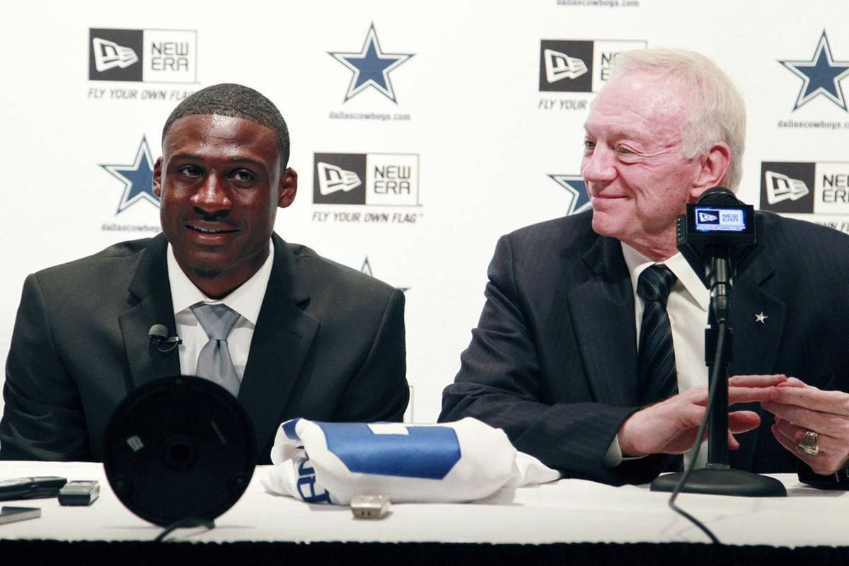When Jerry Jones steps up to a microphone, sometimes its worth listening in.