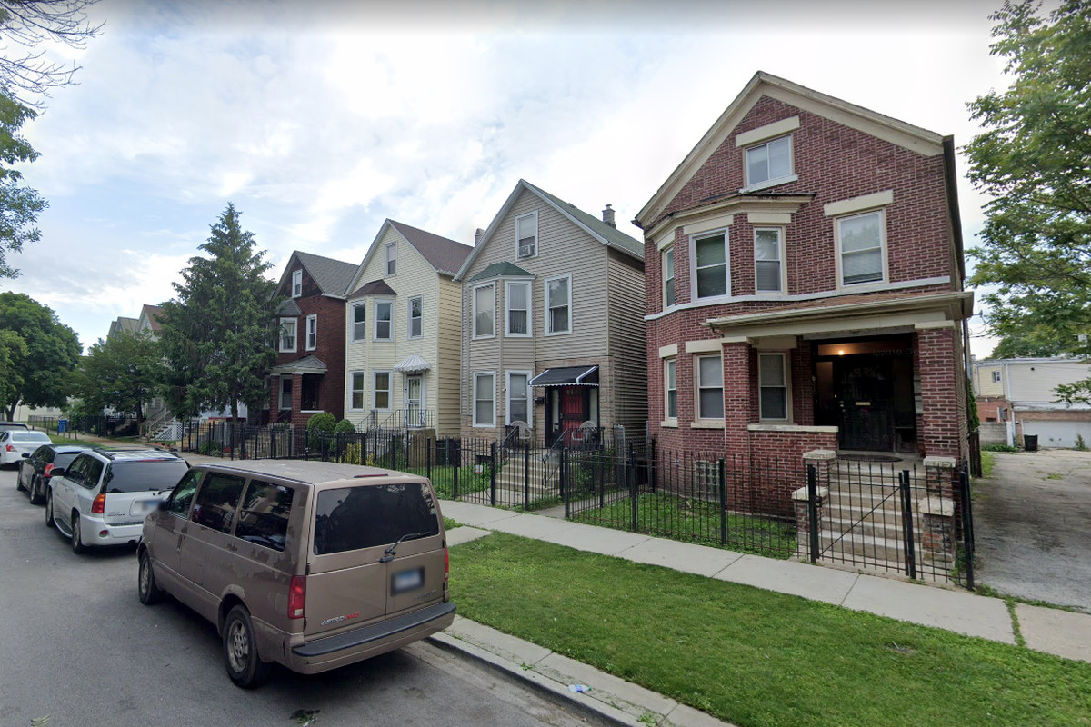 An exlposive device was found at a residence in South Chicago.