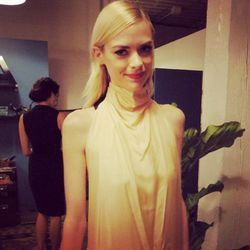 """Oh hey there, Racked <a href=""""http://la.racked.com/archives/2011/12/19/jaime_king_is_officially_our_new_la_shopping_buddy.php"""">pal</a> and <i>Hart of Dixie</i> star Jaime King."""