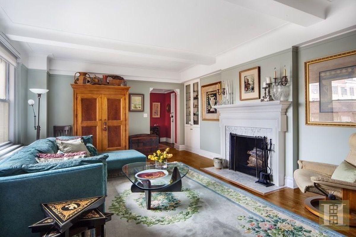 Elegant Upper East Side Co Op With Period Details Asks
