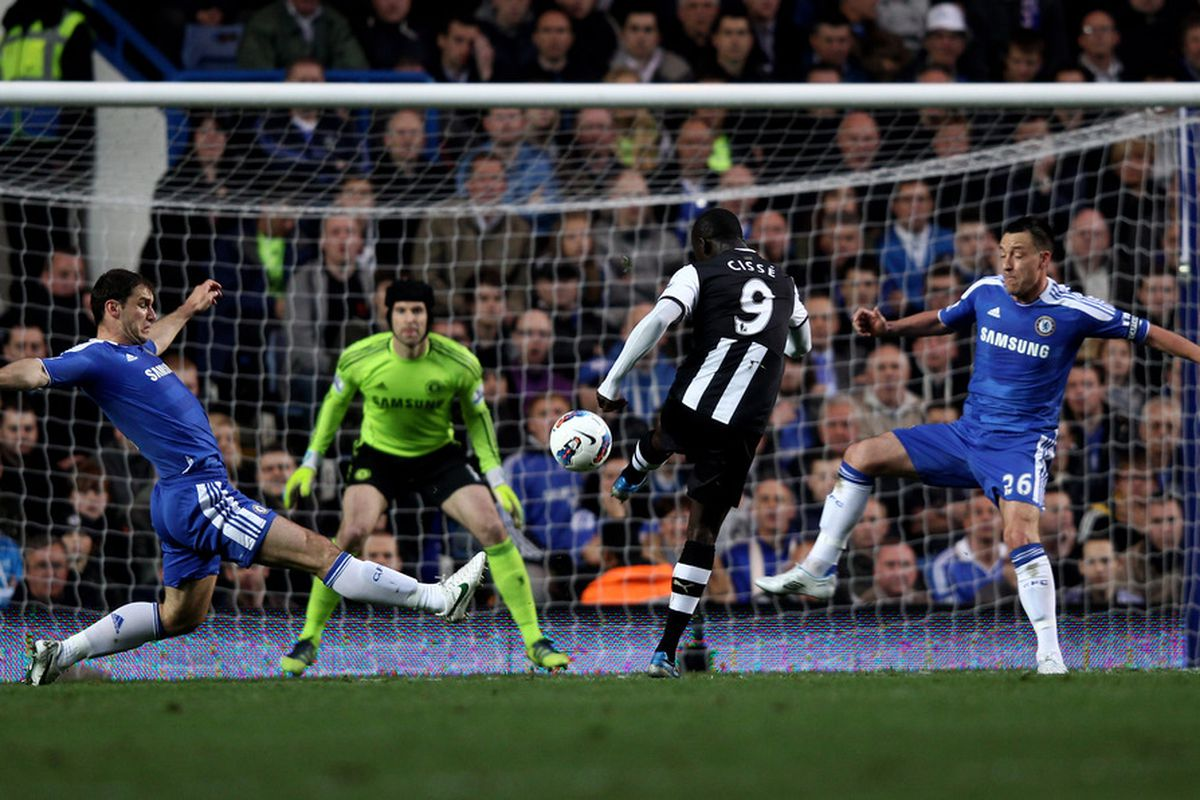 Papiss Cisse lashes home his first goal