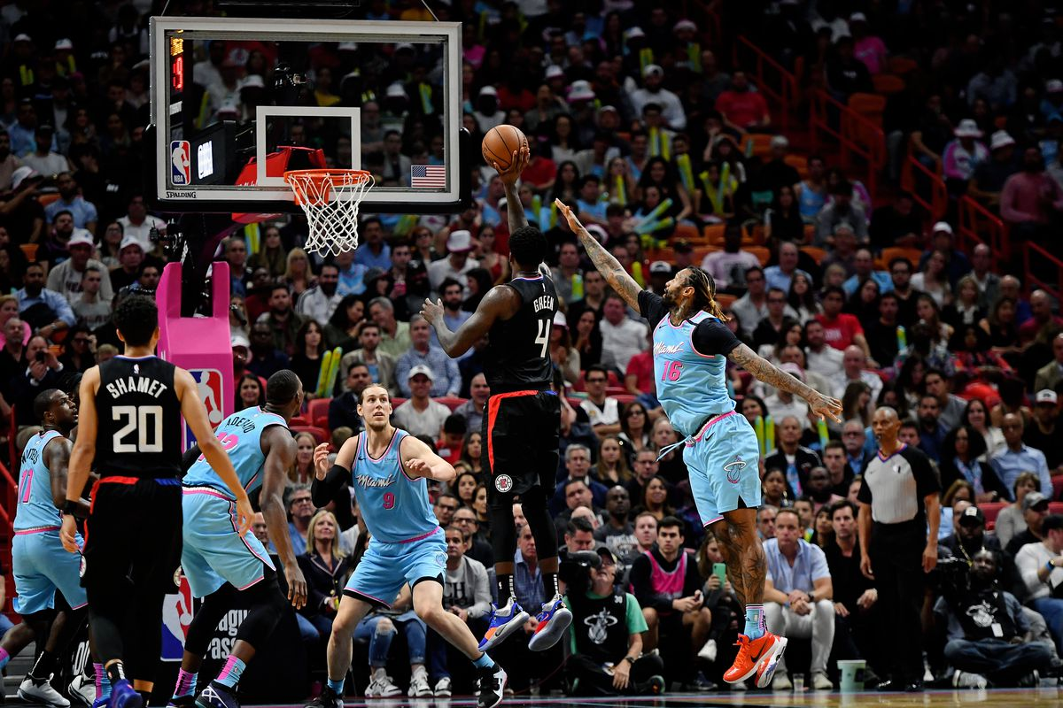 Heat fall to Clippers at home 122-117
