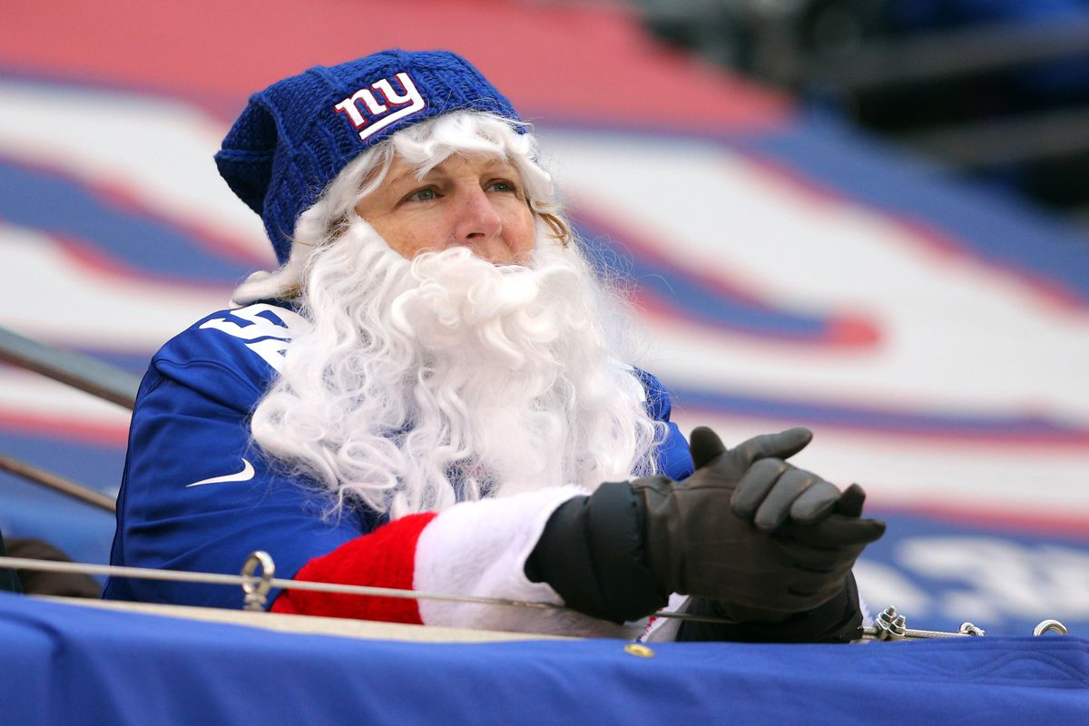 Even Santa couldn't bring the Giants a victory on Sunday