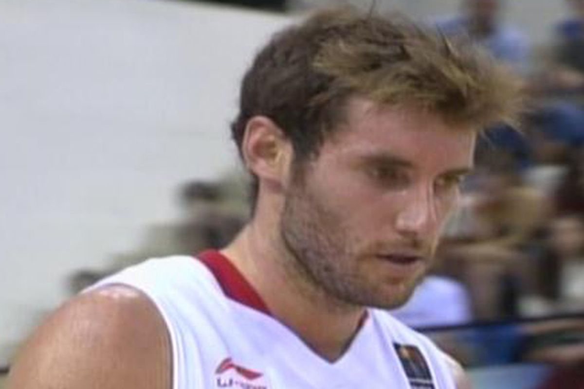 Rudy Fernandez showed flashes during a disappointing loss to Lithuania on Tuesday.