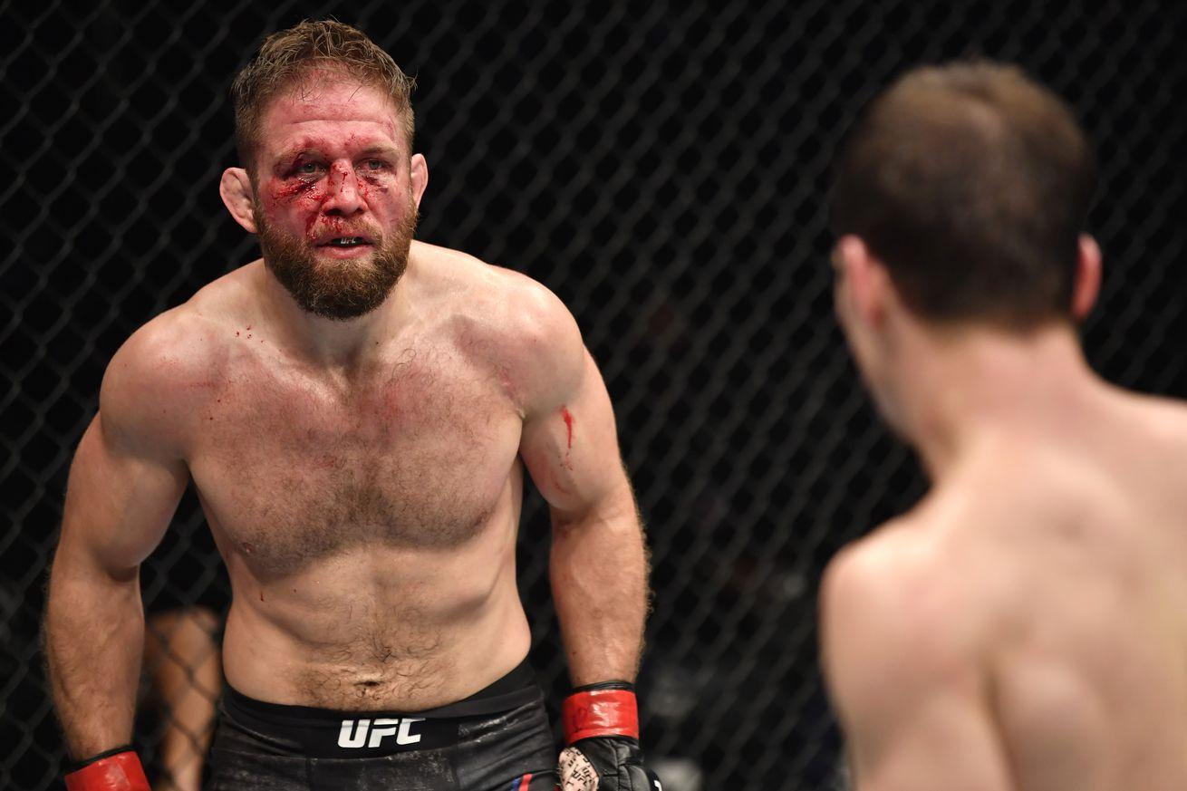 UFC 257: Lentz v Evloev