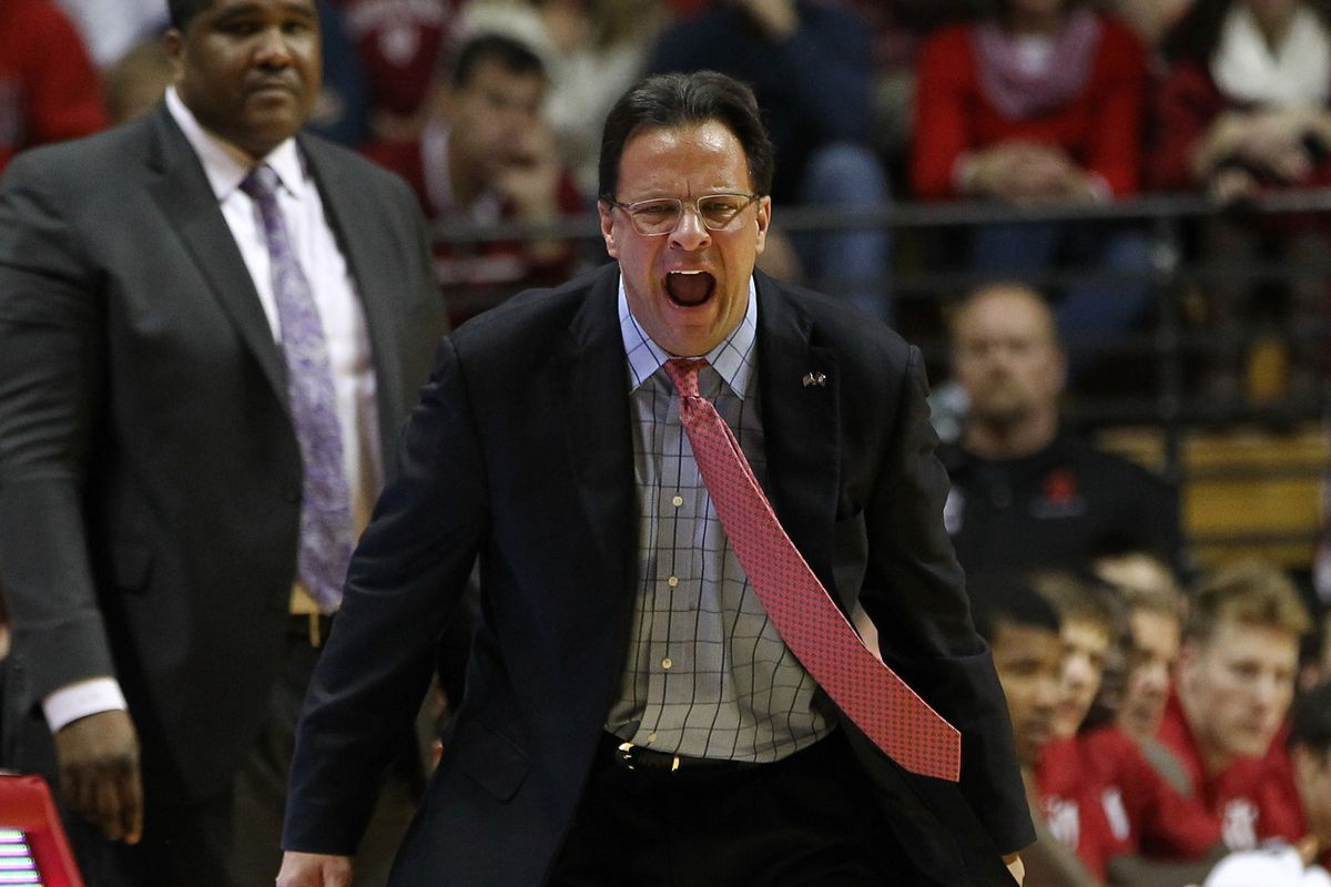 Look it's Kenny Johnson! Back there behind Tom Crean, who is apparently bracing himself for a tackle.