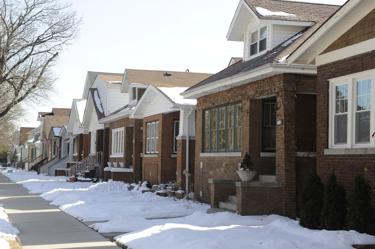 Brick bungalows line the 4700 block of North Lowell Avenue in 2010. | John H. White/Chicago Sun-Times