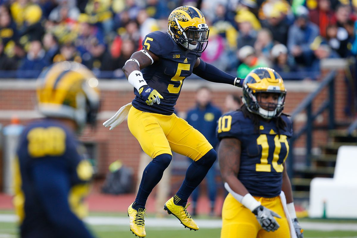 b50b68fd46f2 2016 Michigan Football Position Preview  Linebackers - Maize n Brew