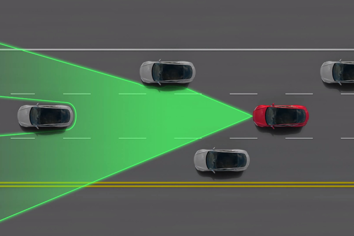 Tesla's autopilot isn't special (but it's still cool) - The Verge