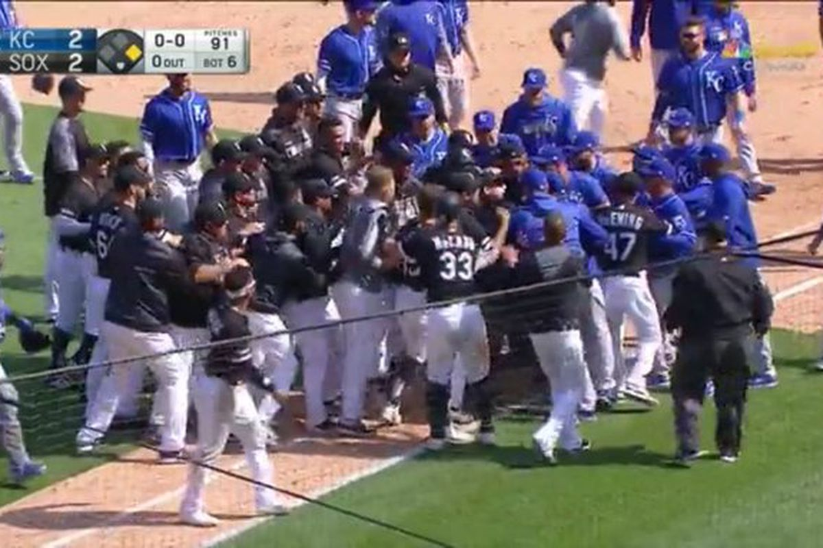 Stupendous Royals White Sox Clear Benches After Brad Keller Plunks Tim Onthecornerstone Fun Painted Chair Ideas Images Onthecornerstoneorg