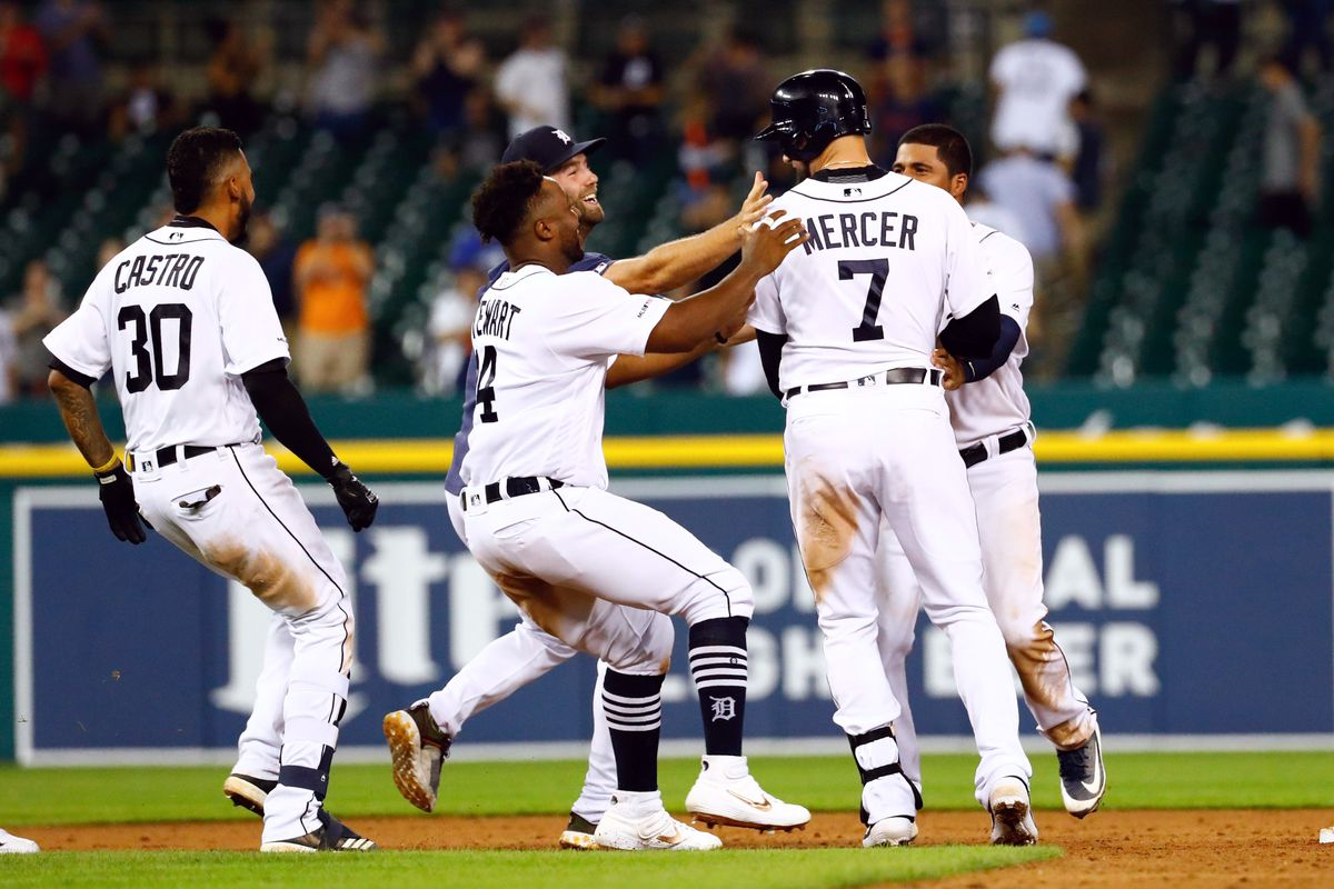 reputable site ca275 e3d0a Yankees lose 12-11 slugfest as Tigers walk off in the ninth ...